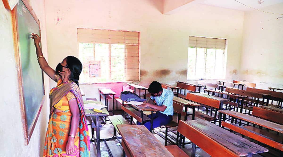 gujarat teachers, online teaching, e-learning, tribal students, indian express, indian express news, gujarat news, current affairs