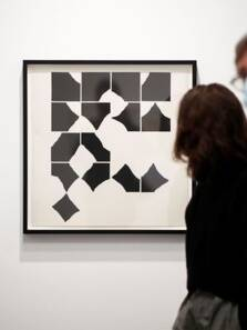 Paris art fair gets back to business after COVID pause, see pictures