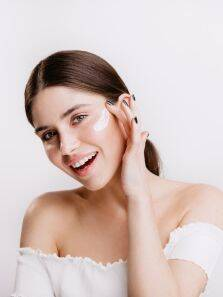 Clogged pores troubling you? Count on these skincare tips
