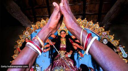 Mahalaya, when is Mahalaya 2021, Mahalaya 2021, what is Mahalaya, Mahalaya 2021 date, history and significance of Mahalaya, Mahalaya and Durga Puja, Mahalaya and Bengali community, indian express news