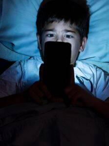 Here's how you can avoid smartphone injuries
