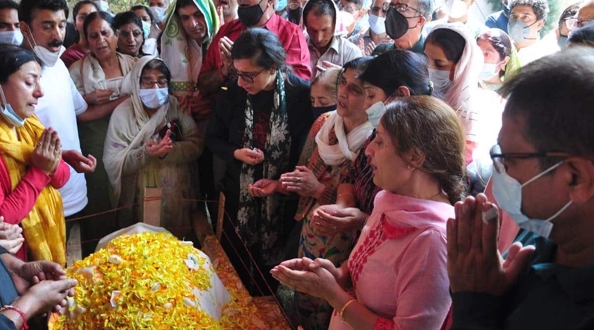bindroo death kashmir kashmiri pandit