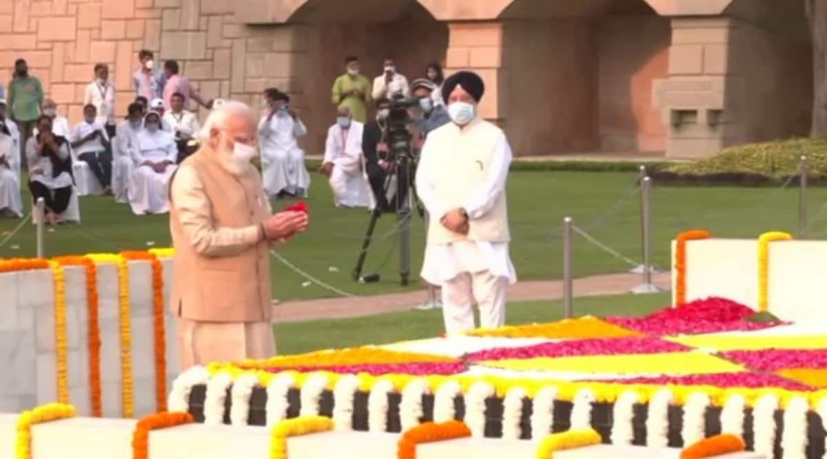 Gandhi Jayanti, PM Modi, Mahatma Gandhi, Rahul Gandhi, Amit Shah, Mahatma Gandhi, Raj Ghat, Antonio Guterres, Indian Express News