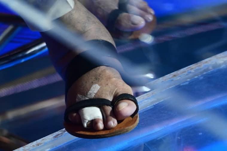 amitabh bachchan kbc toe (6)