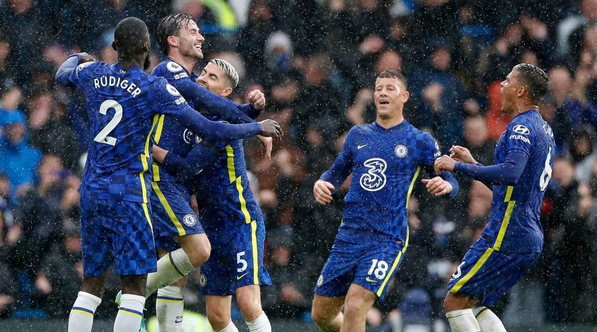Premier League: Chelsea get back on track with win, United held by Everton