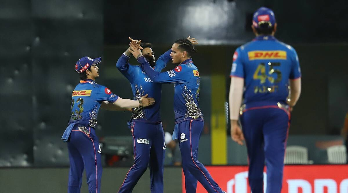 Do Mumbai Indians stand a chance for a playoff berth after Kolkata Knight Riders' win?