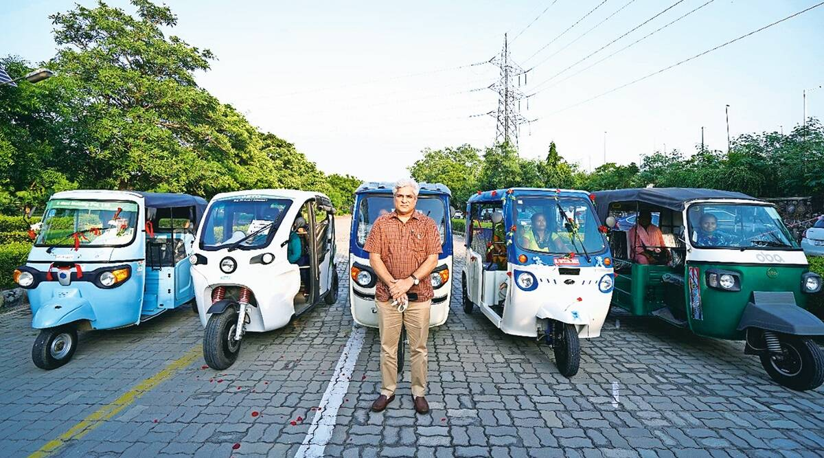 indianexpress.com - New Delhi - In two months, spot blue and pink e-autos on Delhi's roads